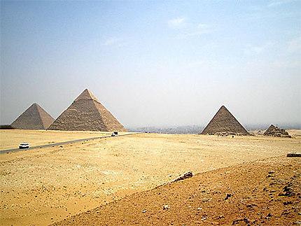 Vue panoramique des pyramides