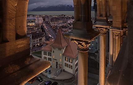 Lausanne le soir depuis la cathédrale