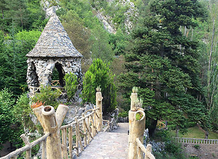 Les jardins Artigas, œuvre de Gaudí