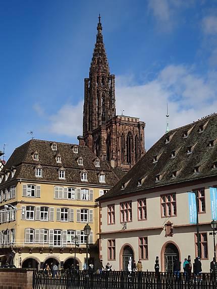 La Cathédrale vue depuis le Quai Saint-Nicolas