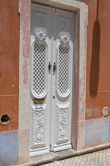 Une porte à Olhão