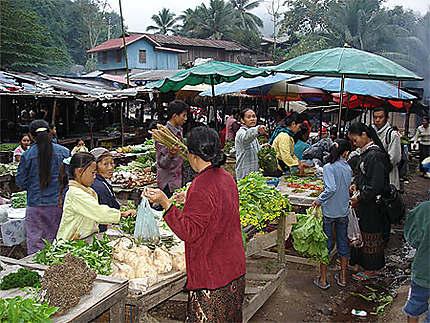 Marché de Pakbeng