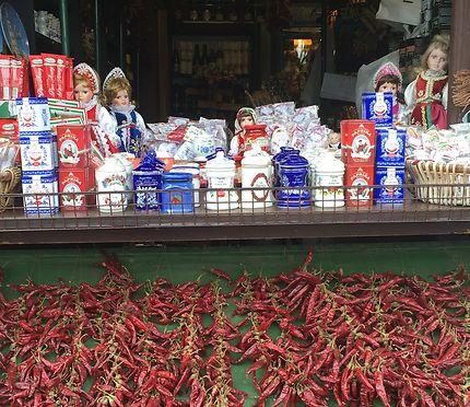 Paprika hongrois aux halles de Budapest
