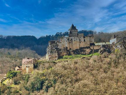 Très belle vue du château de Castelnaud
