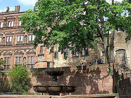 Fontaine dans le château d'Heidelberg