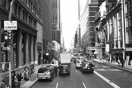 new york le centre ville en noir et blanc noir et blanc. Black Bedroom Furniture Sets. Home Design Ideas