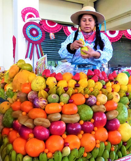 La dame aux jus à Arequipa, Pérou
