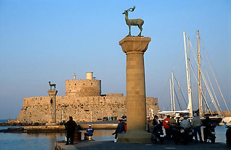 Rhodes, à l'ombre du Colosse