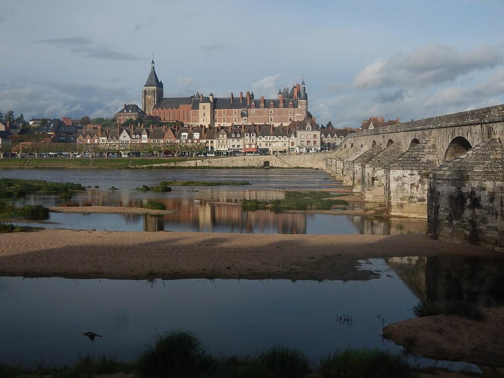 Gien - Châteaux de la Loire