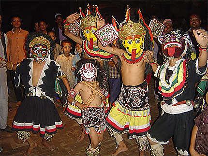 Danseurs à Bhaktapur