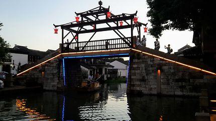 Pont des canaux à Tongli