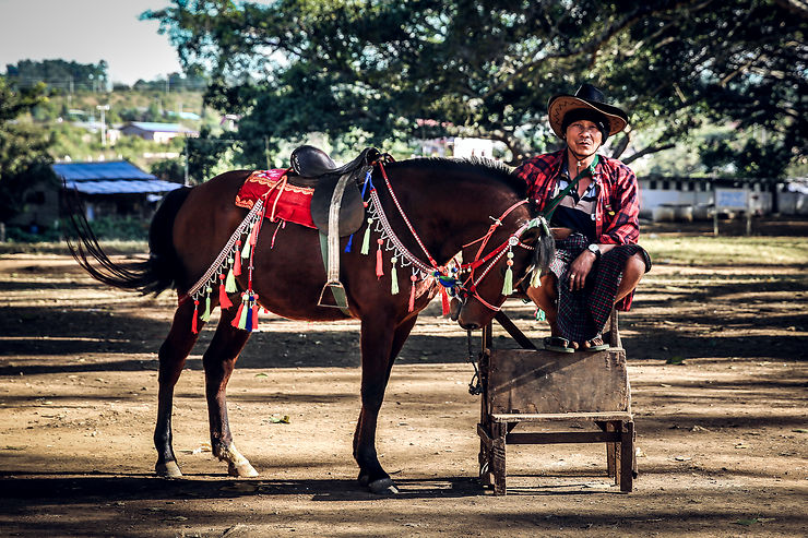 Horseman, Pindaya, Birmanie