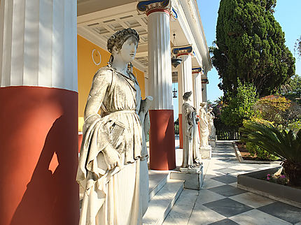 Belles dames de Grèce
