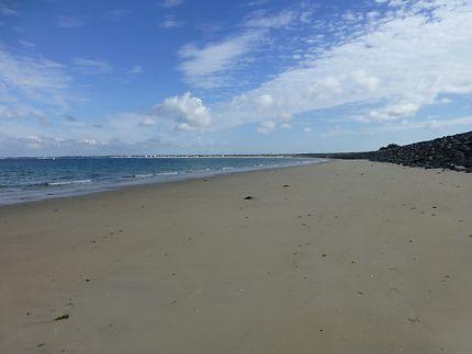 Étendue sauvage, à la plage de La Turballe