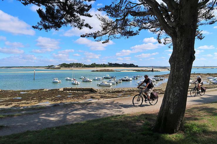 Les 10 plus beaux week-ends à vélo en France dans un seul guide !