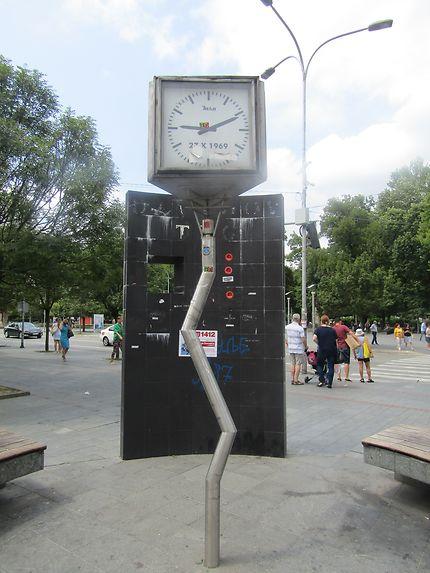 L'Horloge Tordue