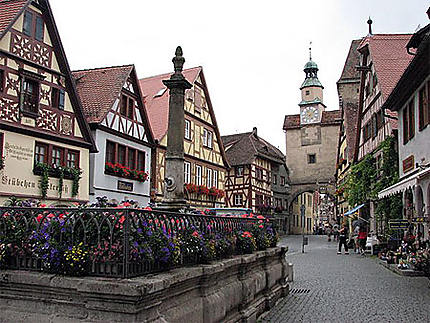 Une des places de Rothenburg