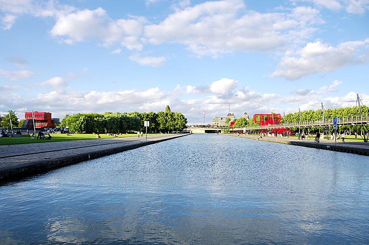 Le canal de l'Ourcq (19e arrondissement)