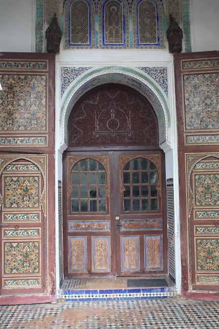 Porte de style arabo-andalou, musée à Meknès