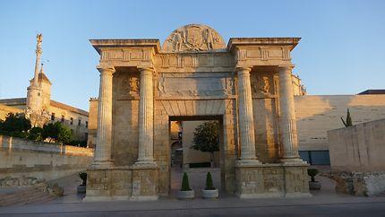 Porte du Pontau lever du soleil