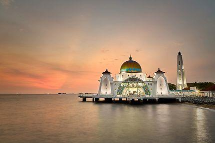 Mosquée sur l'eau, Malacca, Malaisie