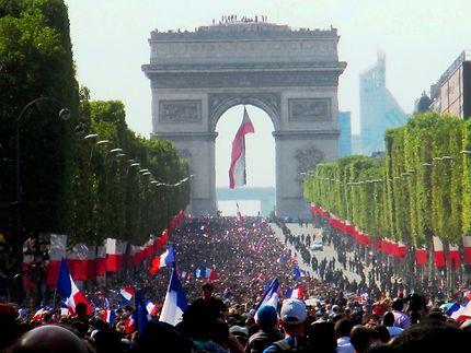 Les Champs Élysées en fête