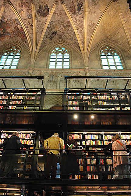 Librairie-église