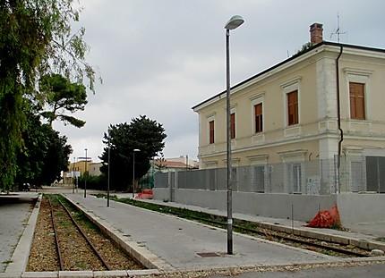 La vieille gare désaffectée et oubliée
