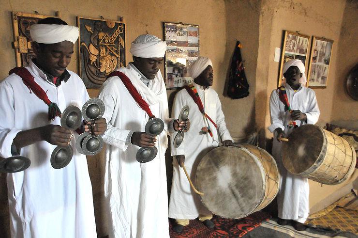 Maroc : la culture gnaoua, de l'esclavage à l'UNESCO