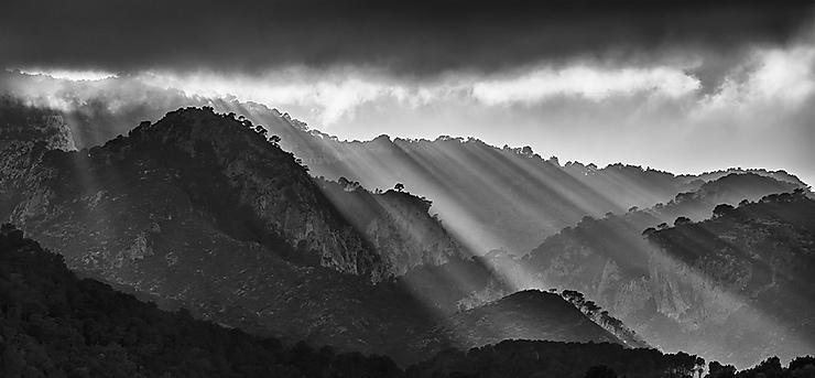 Lumière divine, Sierra de Tivissa, Catalogne
