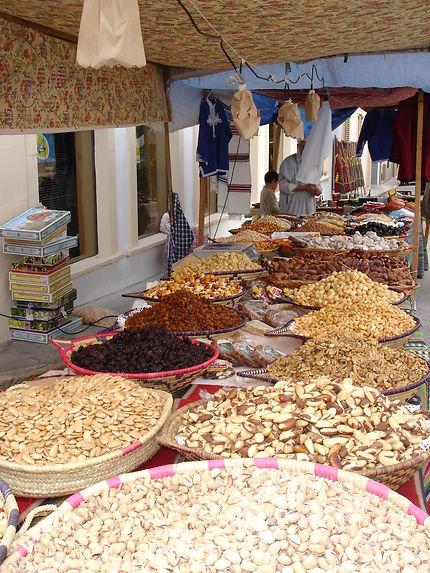 Stand de fruits secs à Valence