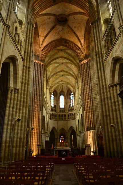 Intérieur de l'église de Treguier