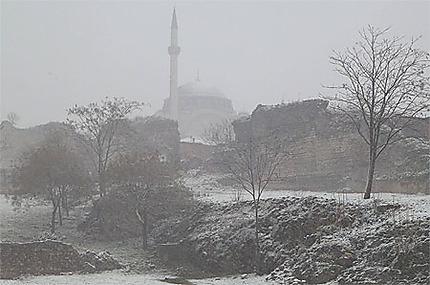 Mosquée sous la neige