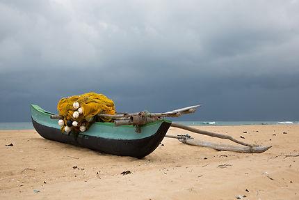 Barque de pêche sur la plage