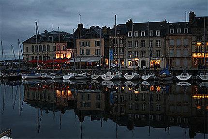 Honfleur - Vieux Port le soir