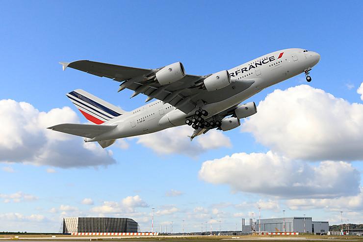 Aérien - Air France : les modalités du voyage en avion après le 11 mai