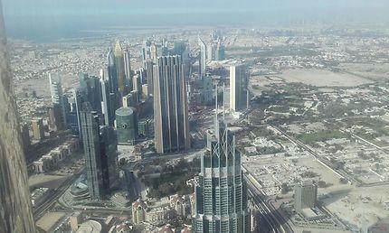 Vue panoramique du haut de Burj Kalifa