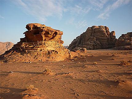 Avant la tombée de la nuit dans le Wadi Rum