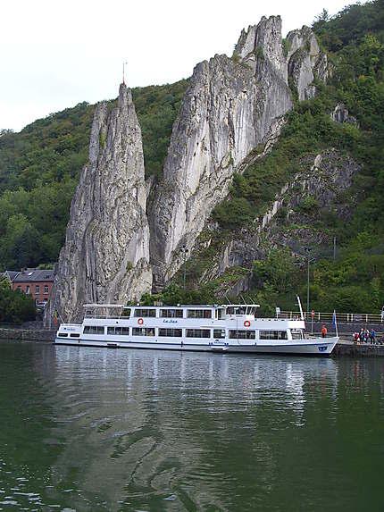Dinant en bord de Meuse