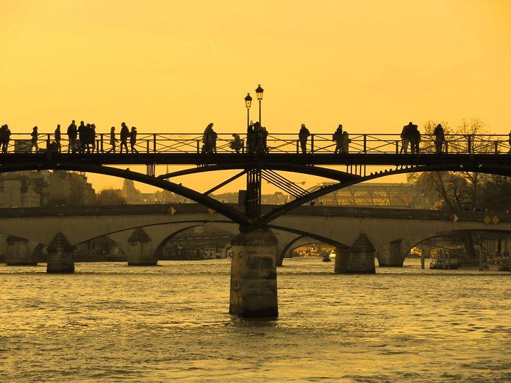 La Seine et le pont des Arts