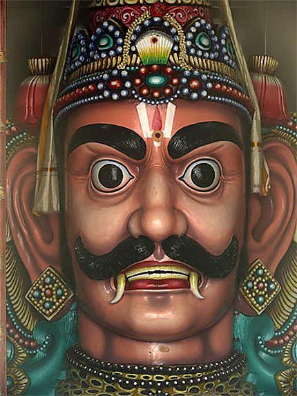 Portait dans lae temple hindou