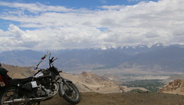 Khardung La: la route la plus haute du monde TheWildTrip