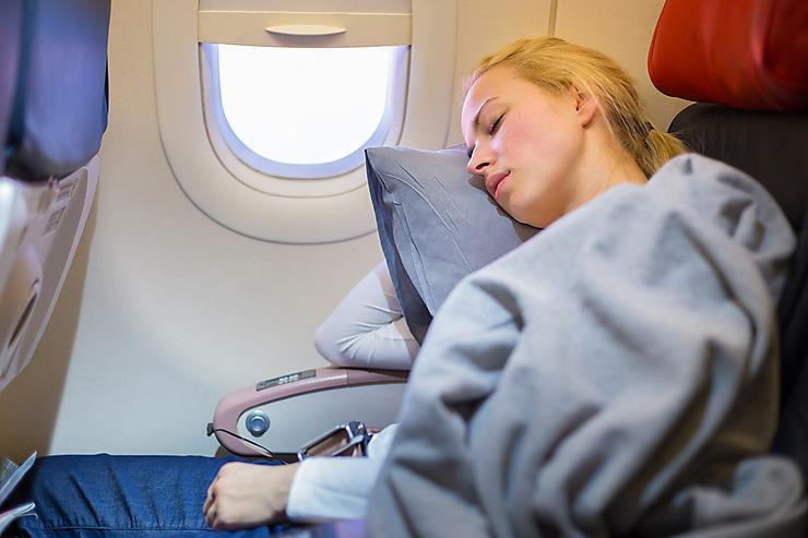 10 accessoires incontournables pour un voyage en avion