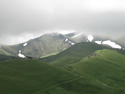 Montagnes à Bakouriani