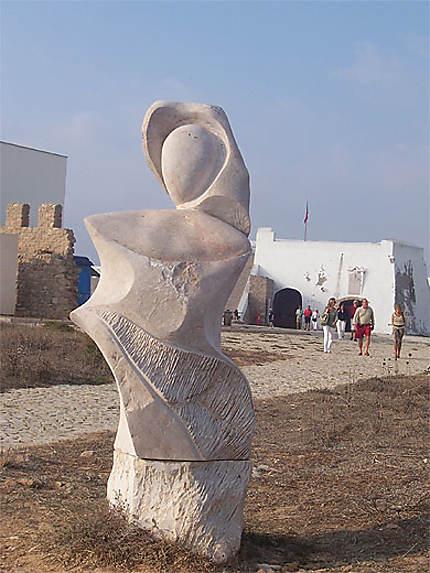 Statue des explorateurs fort de Sagres