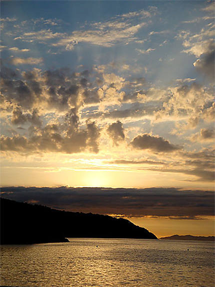 Coucher de soleil sur la baie de Procchio