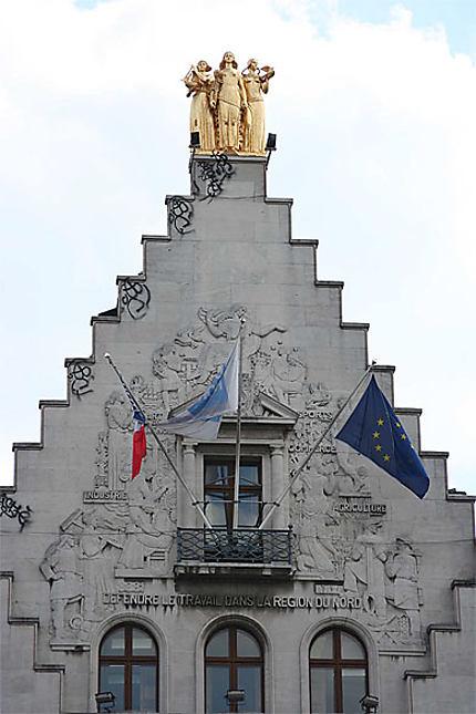 Lille - Grand-Place - La Voix du Nord - Détail