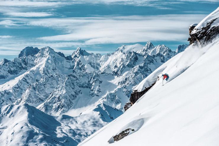 Suisse - Dans le Valais, on fait du ski safari
