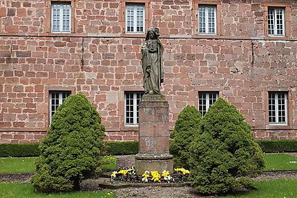 Statue de Sainte-Odile de l'abbaye