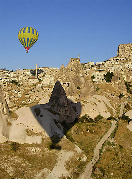 Capadoccia by Balloons